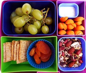 Snack-3-bento-lunchbox